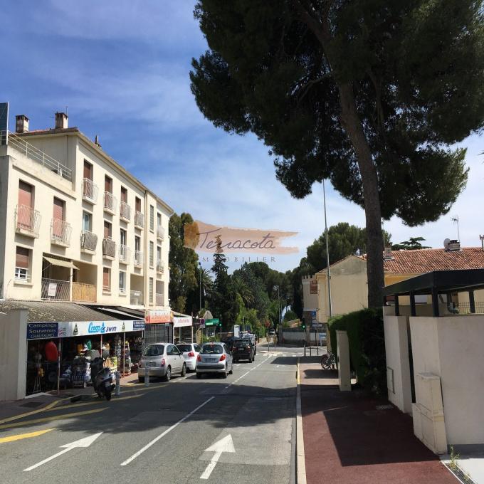 Vente Immobilier Professionnel Murs commerciaux Saint-Raphaël (83700)