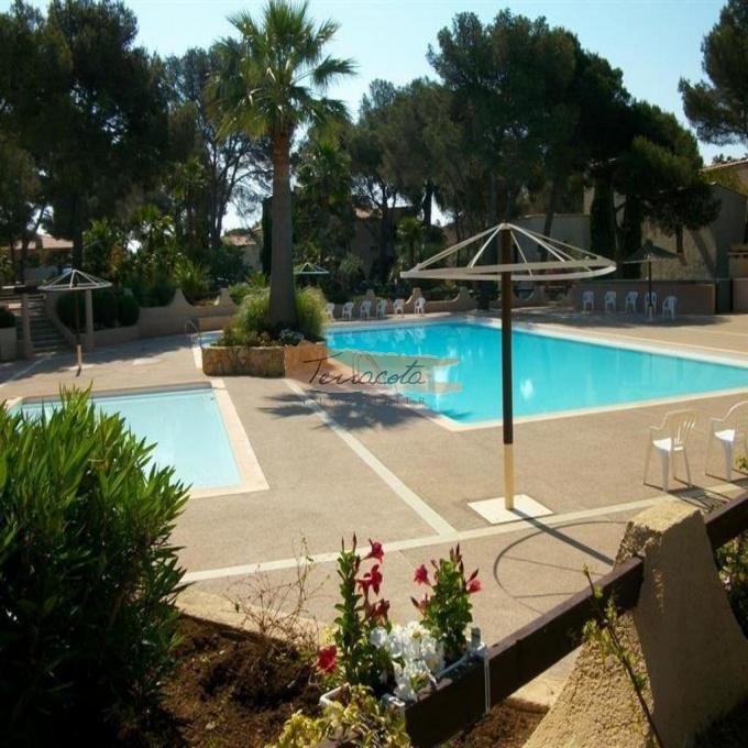 Location de vacances Rez de jardin Saint-Raphaël (83700)