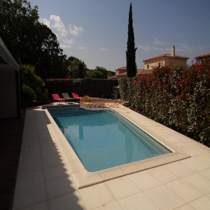 Location de vacances Villa Fréjus (83600)