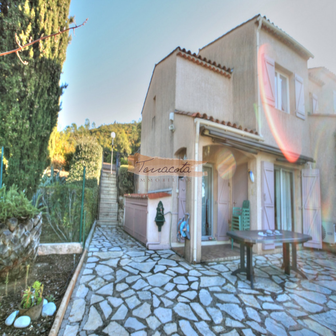 Offres de vente Maison de village Saint-Raphaël (83700)