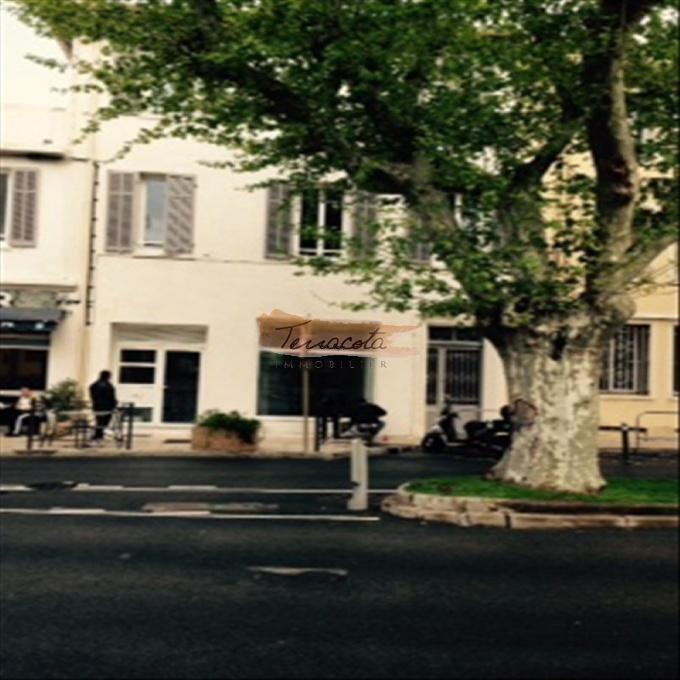 Location Immobilier Professionnel Local commercial Saint-Raphaël (83700)