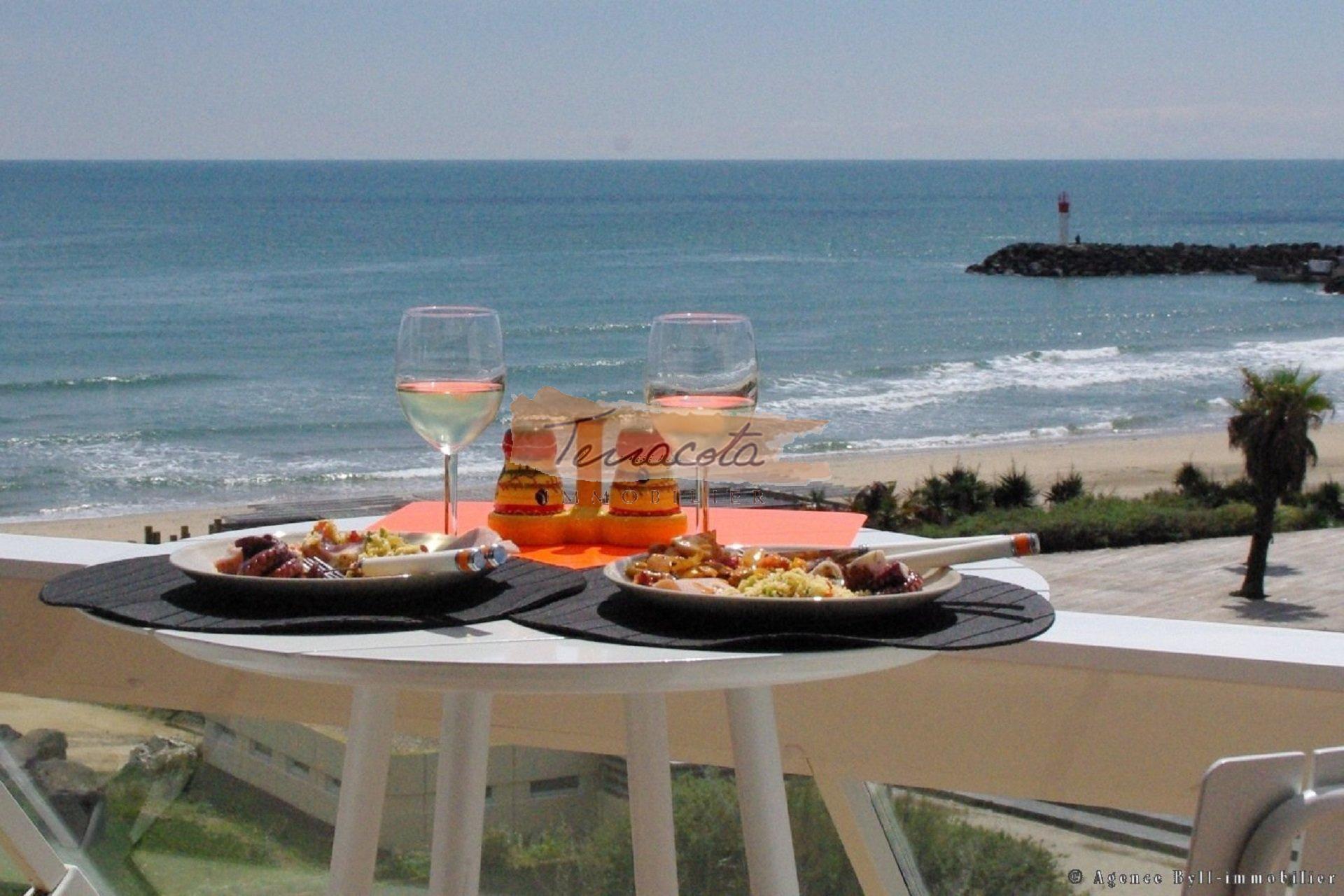 restaurant bord de mer à 5 minutes de marche
