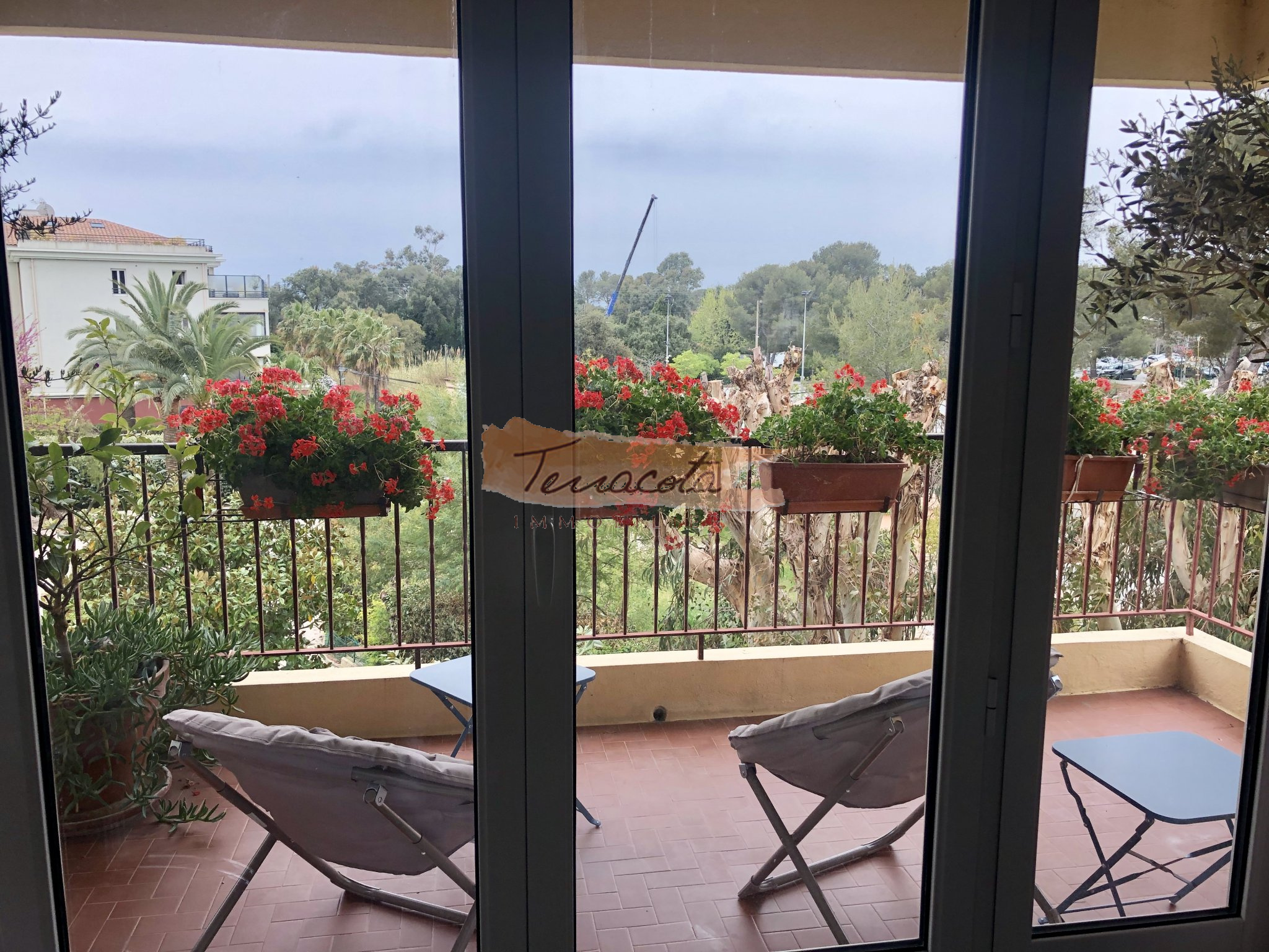 belle terrasse sud, sans vis à vis vue jardin