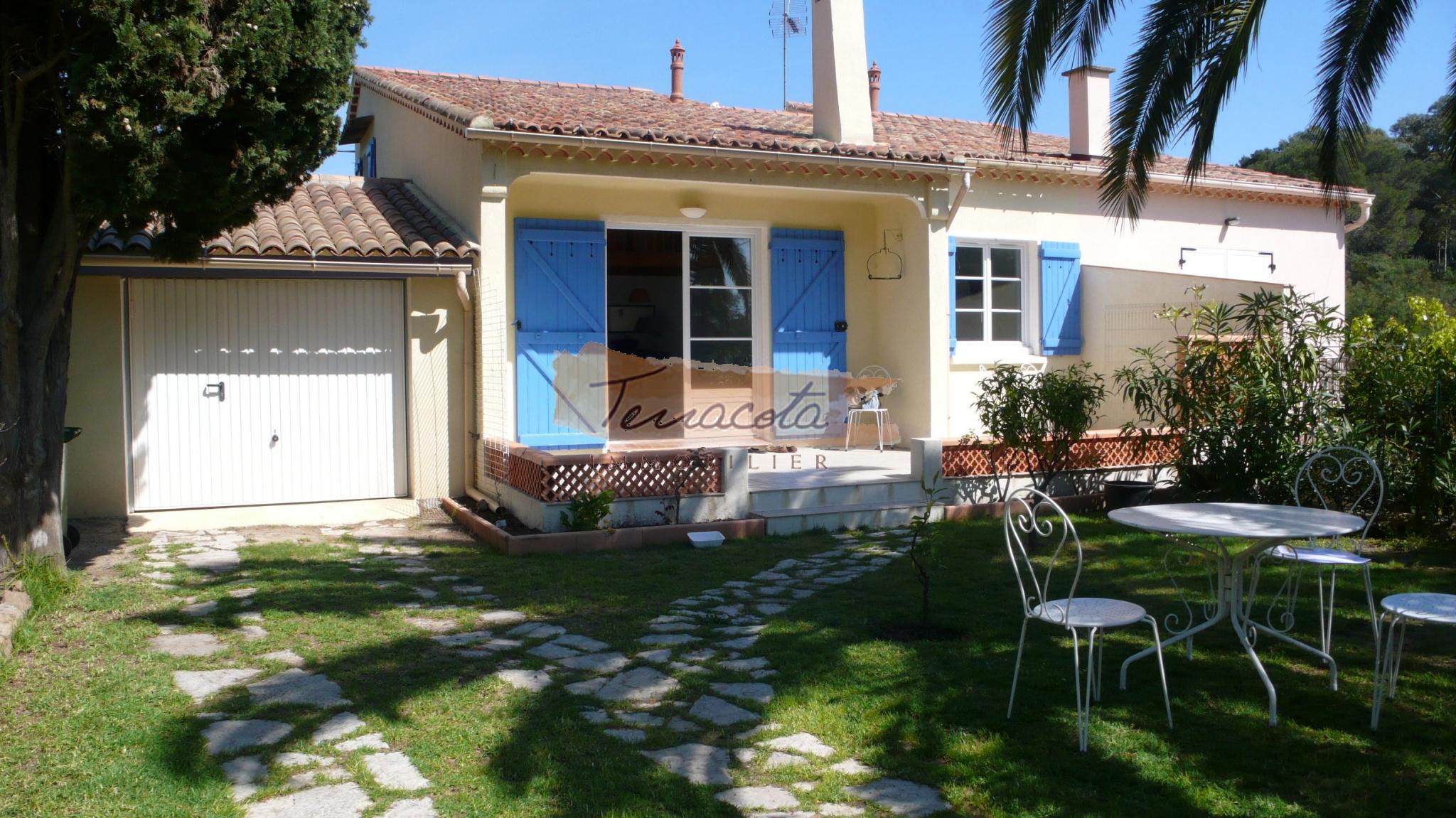 Location de vacances Maison Boulouris (83700)